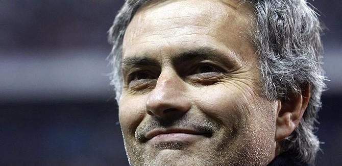 "Mourinho, kompliment apo ironi ndaj Mazzarrit? ""Moduli i Interit…"""