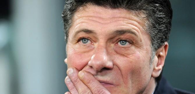 """Mazzarri: """"Ne shtepi nuk jemi te qarte. Dje topi nuk hynte. D'Ambrosio dhe Roma…"""