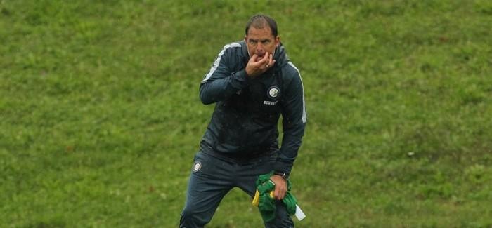 """De Boer shkund skuadren: """"Nese mendoni se emri ju ben te fitoni, gaboheni rende. Duhet sakrifice dhe…"""""""