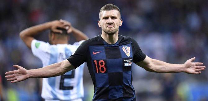 """Sky Sport paralajmeron: """"Politano eshte me afer Fiorentines nga sa u mendua. Interi ka bllokuar Rebic nga Eintracht.:"""