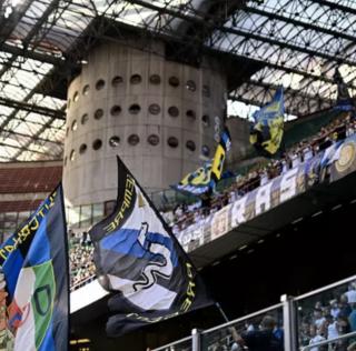 """Curva Nord behet gati per suprizen e madhe sot ne San Siro: """"Merrni me vete ne stadium te gjithe nje…"""""""
